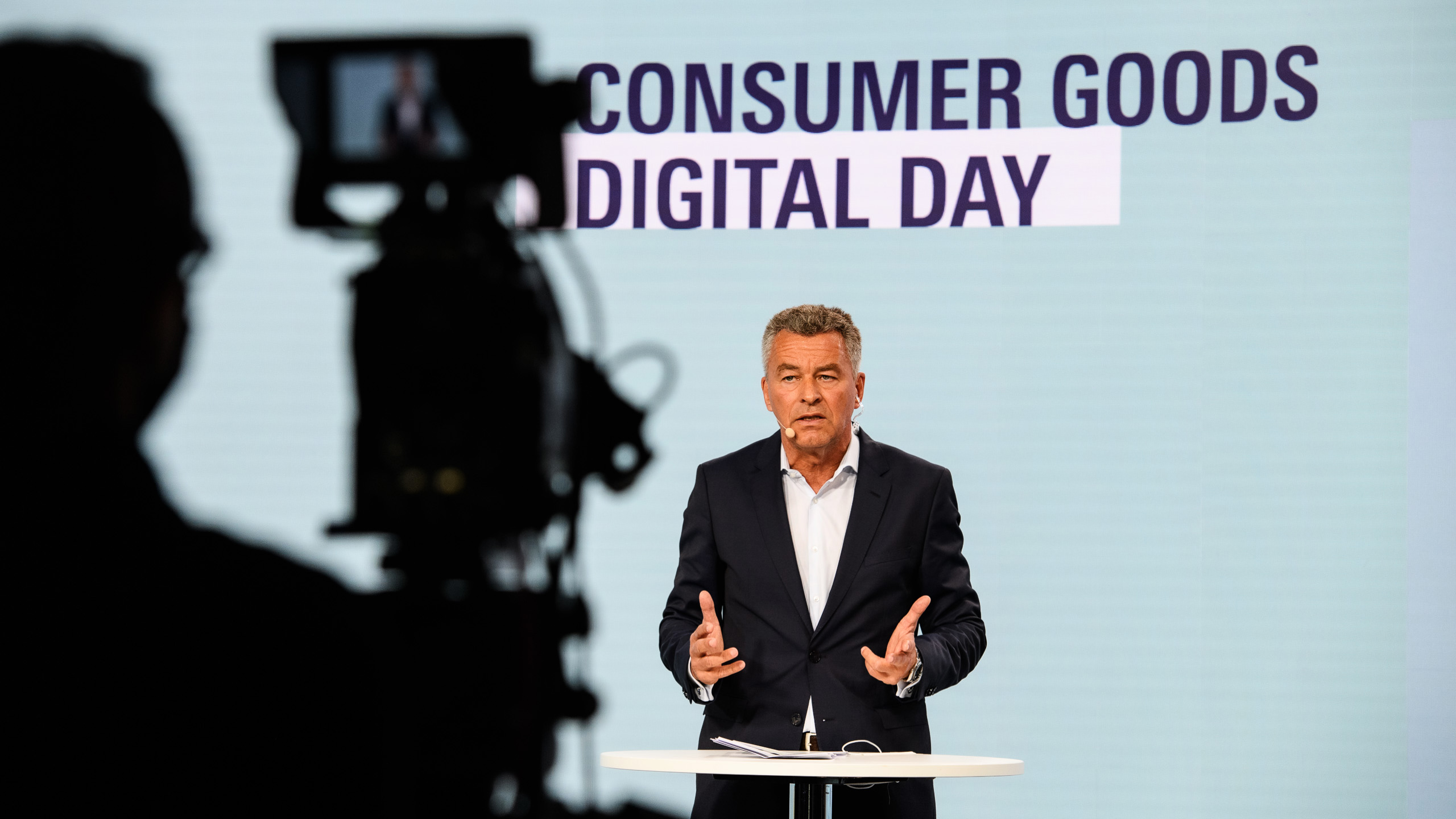Consumer Goods Digital Day: a consistent look ahead is the message of the day. Presented by Detlef Braun, Member of the Board of Management of Messe Frankfurt, among others. Photo: Messe Frankfurt/Sutera