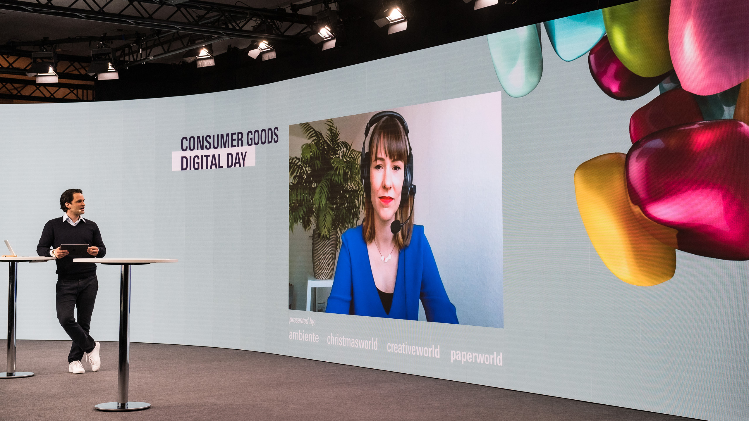 On the main stage of the Consumer Goods Digital Day, as on the screens, the focus of the discussion was on professional exchange. Photo: Messe Frankfurt/Sutera