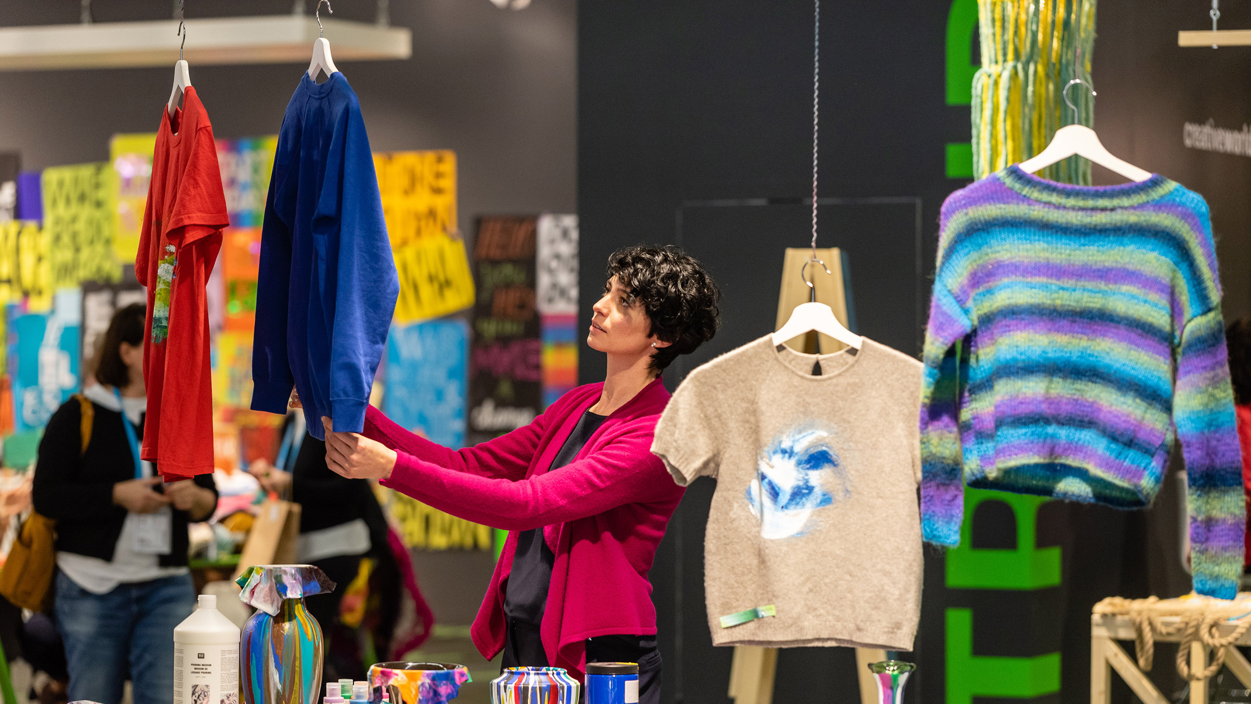 Visitor discovers the DIY trends at Creativeworld