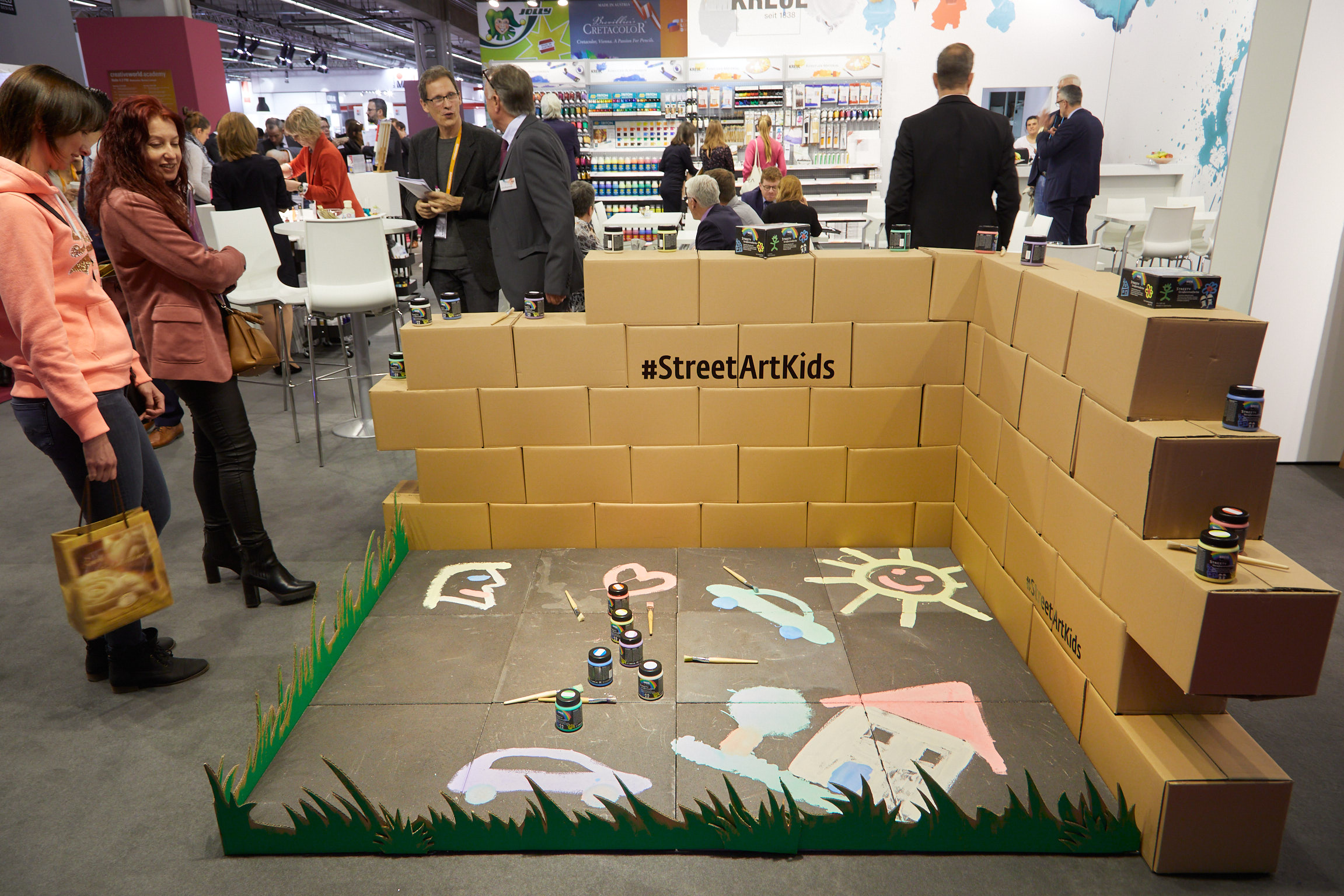 Start early: street art products, even for the little ones at Creativeworld
